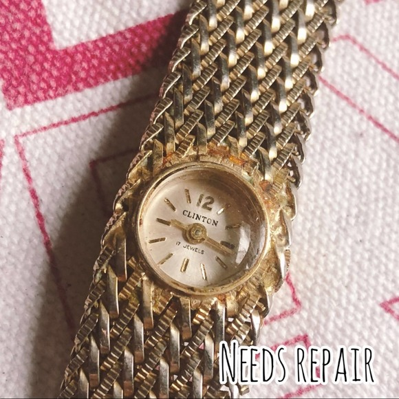 Vintage Clinton Woven Thick Webbed Wrist Watch